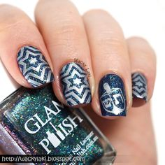 Hi Everyone! I want to wish a Happy Hanukkah to all of you lovelies who celebrate the holiday! This year I created two manicures to celebrat...