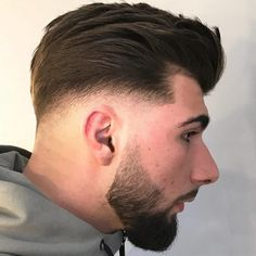 17 Greatest Low Fade Haircuts for Men in 2019 - Style My Hairs Latest Hairstyles, Braided Hairstyles, Men's Hairstyles, Mens Modern Hairstyles, Hairstyle Ideas, Hair Ideas, Afro, Mens Medium Length Hairstyles, Haircut Medium