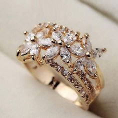 Diamond Rings : Picture This. Diamond Rings : Picture This. Diamond Rings, Diamond Jewelry, Jewelry Rings, Jewelry Accessories, Fine Jewelry, Jewelry Design, Jewellery Box, Jewellery Shops, Jewlery