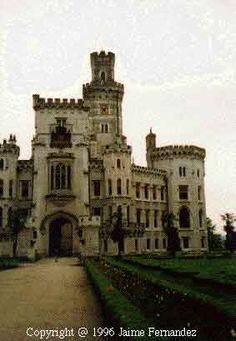 This royal castle was founded in the mid-13th century in a sensitive place on the border of the interest on power of the Premyslid rules and the South Bohemina Vitkovicz magnates. During the 15th and 16th centuries direct royal administration made way for the pledge possession of the castle by Czech lords, whose number included the pernstejns among the most important of them. Vilem of Perstejn laid the foundations of fishing enterprise in Sough Bohemia. Among others, he also founded nearby Be...