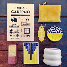 """""""Ideas para regalar por colores. Lunes  Amarillo  #regalos #regalosdenavidad #magnesiabcn #regalosunicos #cuadernos #llaveros #ceramica #postales #carteras #carterasdecuero #hechoamano #velas #Gràcia #Barcelona #igersbarcelona"""" Photo taken by @magnesiabcn on Instagram, pinned via the InstaPin iOS App! http://www.instapinapp.com (12/14/2015)"""