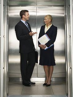 Tipps für den Smalltalk im Aufzug...  http://karrierebibel.de/smalltalk-im-aufzug-nie-mehr-an-die-decke-starren/
