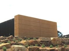 Rammed earth houses: Olnee Constructions' image gallery | Olnee Australia Natural Building, Green Building, Adobe, Construction Images, Minimal Architecture, Rammed Earth, Earth Homes, Liberia, Tasmania