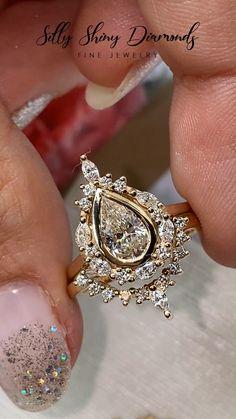 Wedding Rings Vintage, Vintage Engagement Rings, Diamond Engagement Rings, Wedding Jewelry, Morganite Engagement, Bridal Ring Sets, Bridal Rings, Pretty Rings, Beautiful Rings