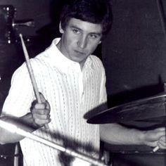 Kenney Jones - Drums and Vocals