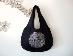 Reversible black & white embroidered shoulder by GabardineCouture, 118.00