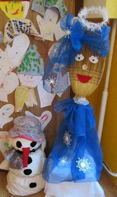 Pani Zima z metly a snehuliak vyplnený molitanom.