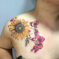 Uno para Ann #girltattooer #ladytattooer #LadyTattooers #botanical #botanicaltattoos #botanicaltattoo #floraltattoo #flowers #botanical…
