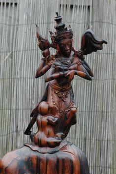 antiek hout beeld indonesie - Google zoeken