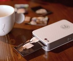 Wireless Pocket Printer - The pocket photo printer wirelessly prints crystal clear photos on the fly with rich deep colors and incredible detail. Print off of your desktop, laptop, Android or iOS with either the USB cable or via Bluetooth and it also comes with a photo editing app. #bluetooth #selfie #pics #smartphone