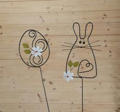 Projects For Kids, Art Projects, Wire Flowers, Wire Art, Easter Crafts, Easter Bunny, Wire Wrapping, Wraps, Diy Crafts