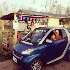 """""""The Lil Juice Barn Opening Day!!! My sweet dad with his #smartcar"""" - instagram picture by @imemilywilliams #smalltown #cutegirls #smartchoice #greenjuice #biglove"""