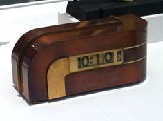 Lawson Zephyr Clock
