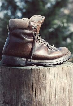 0e2e301908c9 Vintage Survivor Boots
