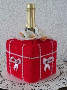 Ručníkové dorty, dorty z ručníků, dětské dorty, truhly, svatební dorty ručníkové, patrové dorty Decorative Boxes, Decorative Storage Boxes