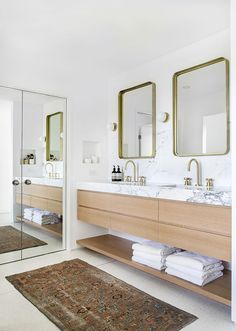 Beautiful master bathroom decor tips. Modern Farmhouse, Rustic Modern, Classic, light and airy master bathroom design tips. Bathroom makeover tips and bathroom renovation a few ideas. Bathroom Trends, Bathroom Renovations, Bathroom Ideas, Bathroom Designs, Remodel Bathroom, Bath Ideas, Restroom Remodel, Bathroom Goals, Bathroom Pictures
