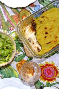 Empadão de Bolonhesa com Puré de Batata Doce e Leite de Coco - http://gostinhos.com/empadao-de-bolonhesa-com-pure-de-batata-doce-e-leite-de-coco/