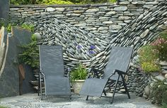 The Ancient Art of Stone: Beautiful Rock Wall Art Installations ...