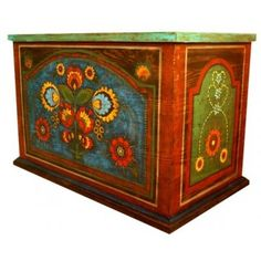 Art Furniture, Hand Painted Furniture, Unique Furniture, Painted Trunk, Painted Chest, Painted Boxes, Polish Folk Art, Magical Home, Spray Paint Art
