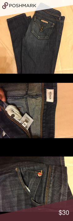 """Hudson Jeans Hudson dark wash jeans. Straight leg, 31"""" inseam, size 28 Hudson Jeans Pants Straight Leg"""