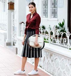 ¡Buenos días! #tendencias #moda para nosotras… lacasitademartina.com 👠👗👜 #streetstyle  #fashionblogger #fashion #trends #blogger #mom #mum #coolmom #lacasitademartina #lcmMum #fashionmom #fashionmum Pic A Constellation