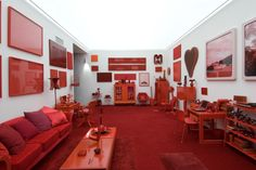 Desvio para o Vermelho: I. Impregnação - Cildo Meireles, 1967-84. Fotografia: PedroMotta.