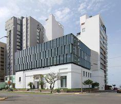 Escuela de Artes Visuales  / Barclay & Crousse