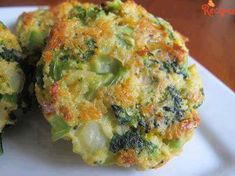 8 broccoli patties - Ingredients:  2 teaspoons vegetable oil  2 cloves garlic – minced  1/2 onion – chopped  1 (12 ounce) bag frozen broccoli – defrosted  3/4 cup panko breadcrumbs  1/2 cup sharp cheddar cheese  1/3 cup parmesan cheese  2 eggs – beaten  salt/pepper    instructions:  preheat the oven to 400 …