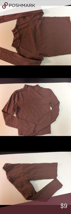 Size Small Mock Neck Long Sleeve Slight Crop Top💕 Charlotte Russe Long Sleeve Mock Neck Slightly Cropped Top Size Small. Maybe to Light Brown in Color. Gently Worn and washed a couple times. In good condition.💕 *Credit to photographer & model. Model picture found on Pinterest.* Charlotte Russe Tops Tees - Long Sleeve