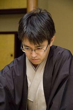 The super Shōgi Master - Yoshiharu Habu
