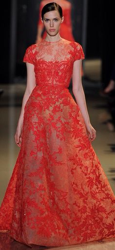 Beautiful vintage-inspired Elie Saab gown