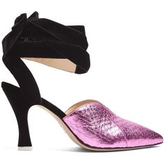 Attico Olivia snakeskin and velvet pumps ($416) ❤ liked on Polyvore featuring shoes, pumps, pink, pink pointed toe pumps, metallic pumps, velvet pumps, pink high heel shoes and pink shoes