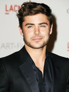 zac-efron-medium-casual-hairstyle.png 768×1,024 pixels