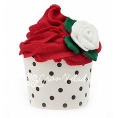 Cápsulas Cupcake, blancas a lunares negros.