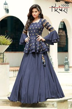 Gown Party Wear, Party Wear Indian Dresses, Indian Gowns Dresses, Indian Fashion Dresses, Dress Indian Style, Indian Designer Outfits, Indian Wedding Outfits, Fashion Wear, Indian Outfits