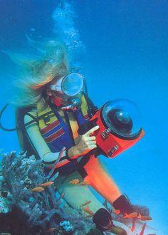 Teens vintage diving girls ghost girl dancer