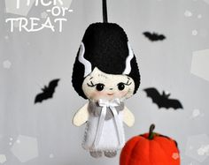 Ornament Halloween cute black cat felt decorations by MyMagicFelt
