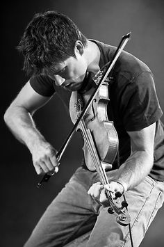 Seth Lakeman - folk music at its finest. Seen him 'live' a few times - awesome musician! Seth Lakeman, Friday Music, Folk Festival, Gifts For Photographers, Simple Bags, Folk Music, Tom Hardy, My Favorite Music, Best Memories