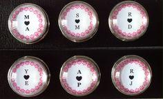 Drukknopen 18mm met jou geliefde voor letter erin per drukknoop 2,50 te koop bij handmadebyveertje.marktplaza.nl