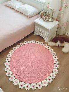 Crochet Mat, Crochet Rug Patterns, Crochet Carpet, Crochet Stitches, Knitting Patterns, Crochet Home Decor, Crochet Crafts, Crochet Projects, Round Shag Rug