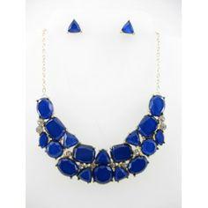 Set de collar y aretes en tono azul rey estilo 3042