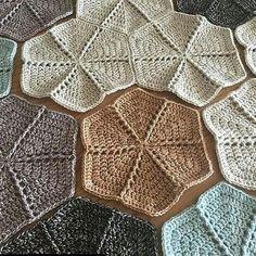 "11 mentions J'aime, 1 commentaires - Tığişi - Örgü - Elişi - Hobi (@orguislerim_) sur Instagram : ""#knitting #örgü #tığişi #crochet #crocheting #follow #followme #followforfollow #rengarenk #bebek…"""