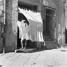 Pietro Donzelli – Via Sanita (Naples, Italy, 1949)
