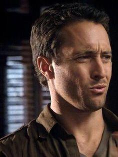 Love his faces! #AlexOLoughlin