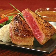 Marinated Tuna Steak w/ orange juice, soy sauce, lemon juice, and oregano marinade. Had this for dinner -DELICIOUS! Marinated Tuna Steak, Grilled Tuna Steaks, Tuna Steak Recipes, Fish Recipes, Seafood Recipes, Cooking Recipes, Healthy Recipes, Marinade For Tuna Steaks, Carne Asada