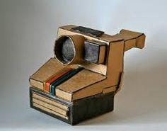 Polaroid One Step - Cardboard Sculpture : Charlotte builds the coolest cardboard… Cardboard Sculpture, Cardboard Crafts, Sculpture Art, Paper Crafts, Sculpture Ideas, Cardboard Boxes, Polaroid One Step, Polaroid Camera, Classroom Art Projects