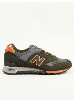 New Balance Men s Green M577 Made in England Rain Mac Pack Sneakers Rain  Mac e6afa741c