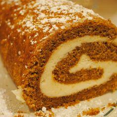 Homemade By Holman: Pumpkin Roll