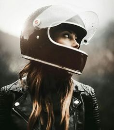 New Harley Motorcycle Tattoo Biker Babes Ideas Cafe Racer Moto, Style Cafe Racer, Cafe Racer Girl, Cafe Racers, Cafe Racer Helmet, Motorcycle Style, Motorcycle Helmets, Women Motorcycle, Motorcycle Jacket
