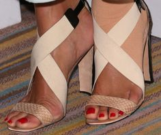 Angie Harmon Strappy Sandals - Angie Harmon chose nude-colored strappy sandals to give her long dress an even softer and summery look.
